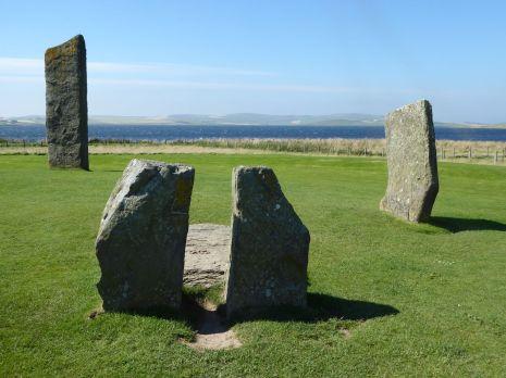 3-standing-stones-web