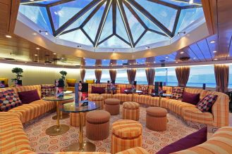 MS Ocean Majesty Observation Lounge_2016