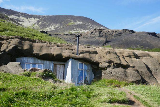 Island - Höhlenwohnung im Lavagestein