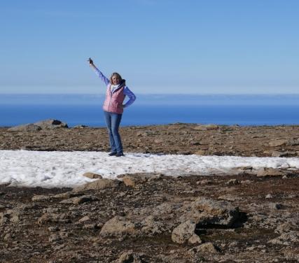 Island - Isafjördur - auf dem Bergplatteau, Lydia