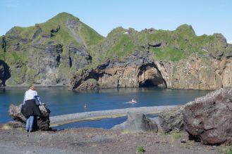 Island - Westm+ñnner Inseln Heimaey - Hafeneinfahrt Lydia