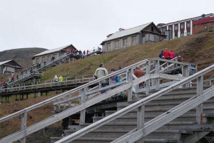 Barentsburg - Aufstieg zum Ort