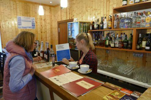 Barentsburg - Restaurant Theke