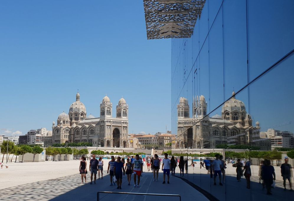 Marseille - Kathedrale Spiegelung-1