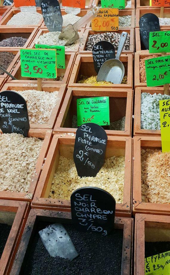 Marseille - Markt Gewürze Salz