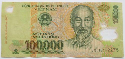 Vietnam - 100.000 Dong mit Ho Chi Minh-Abbildung