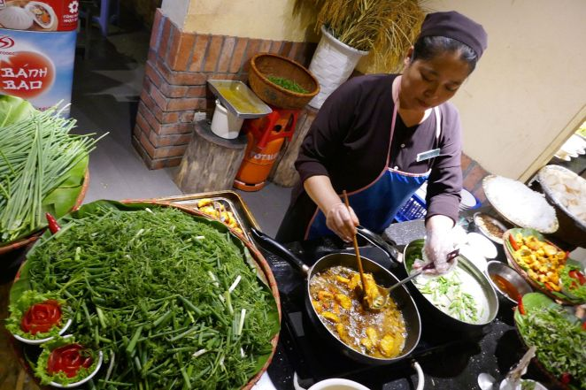 Hanoi - Garküche Strassenrand-3