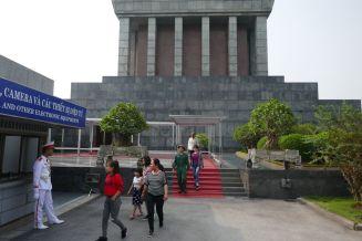 Hanoi - Ho Chi Minh-Mausoleum, Eingang