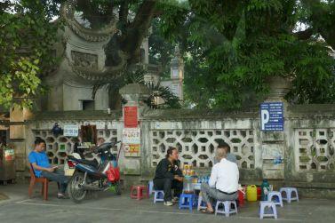 Hanoi - II - Strassen-Szene-1