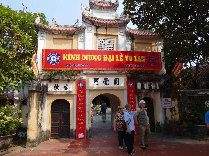 Hanoi - II - Tempel neben Ein-Säulen-Pagode-1