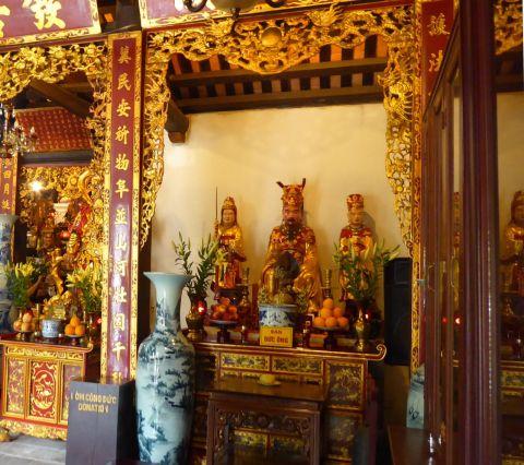 Hanoi - II - Tempel neben Ein-Säulen-Pagode-6