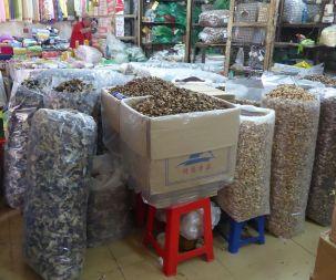 Hanoi - alter Markt, Trockenpilze
