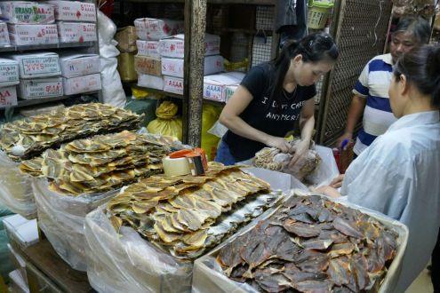 Hanli - alter Markt, getrocknete Fische