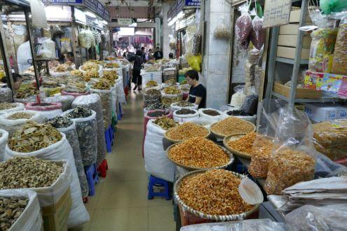 Hanoi - alter Markt, enge Wege
