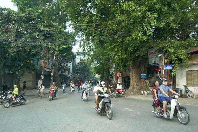 Hanoi - Moped-9