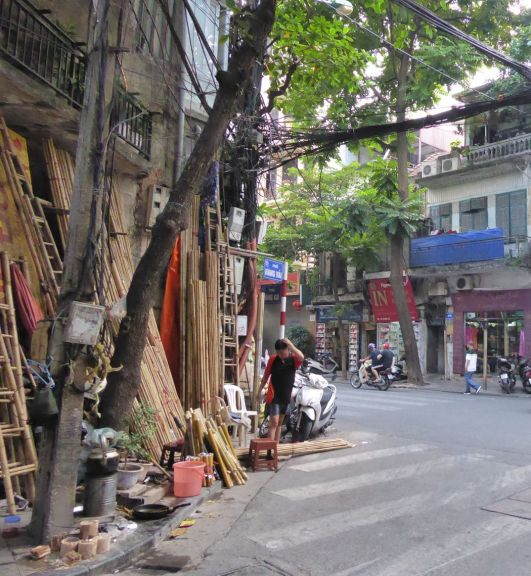 Hanoi - Strassen-Händler-41