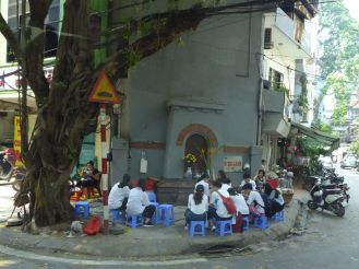 Hanoi - Strassen-Szene-9