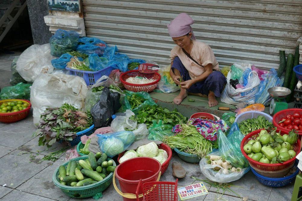 Hanoi - Strassen-Verkäufer-9