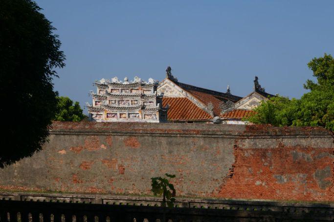 Hue - Zitadelle mit Beschädigungen aus dem Vietnam-Krieg