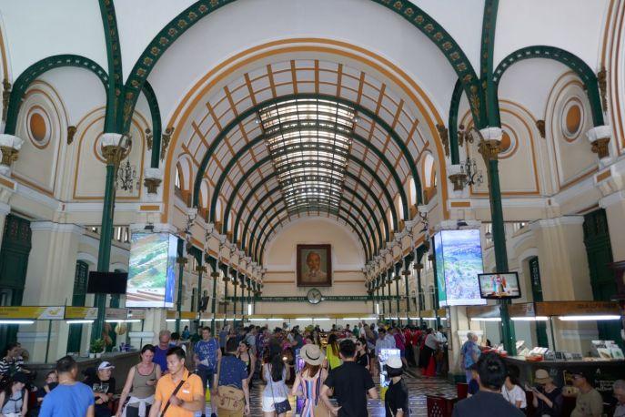 Ho Chi Minh-Stadt - Postgebäude aus der Kolonialzeit