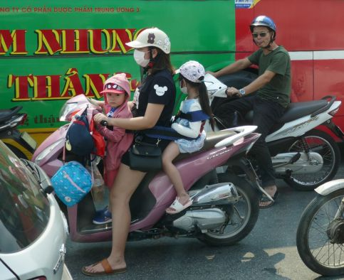 Hanoi-Halong - Moped-1