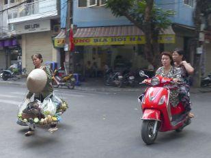 Hanoi - Moped-21